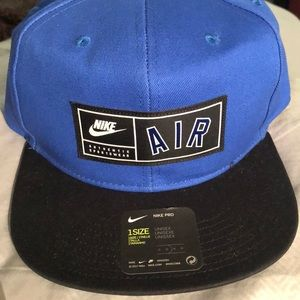 NWT Nike Air Blue SnapBack Hat - One Size/Unisex